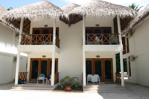 Isole maldive foto photo informazioni fihalhohi resort for Piani di bungalow classici
